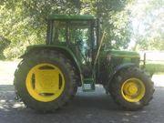 Traktor & Fahrer für