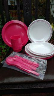 Plastikgeschierr in Pink