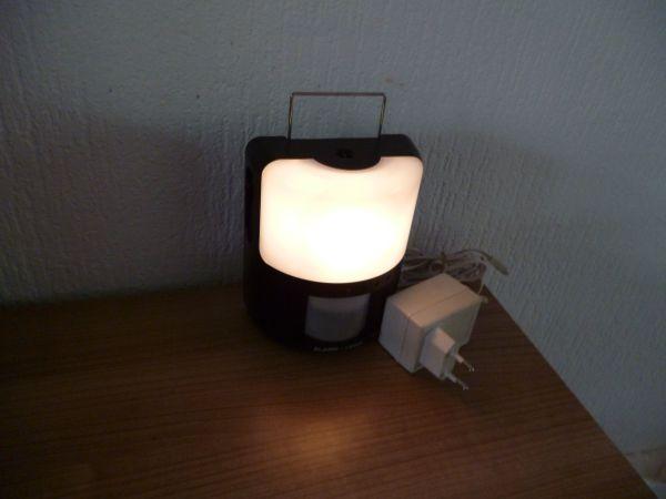 Licht Alarm Auto : Alarm light * infrarot bewegungsmelder * alarm * auto licht lampe