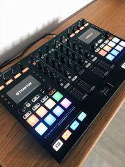 DJ Controller Traktor Kontrol S5