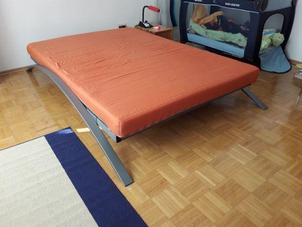 doppelbett inkl lattenrost u ankauf und verkauf anzeigen. Black Bedroom Furniture Sets. Home Design Ideas