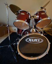 Mapex Schlagzeug rot,