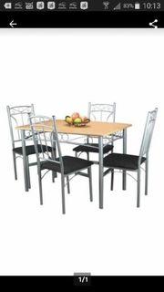 Küchen Tisch mit 4 Stühlen