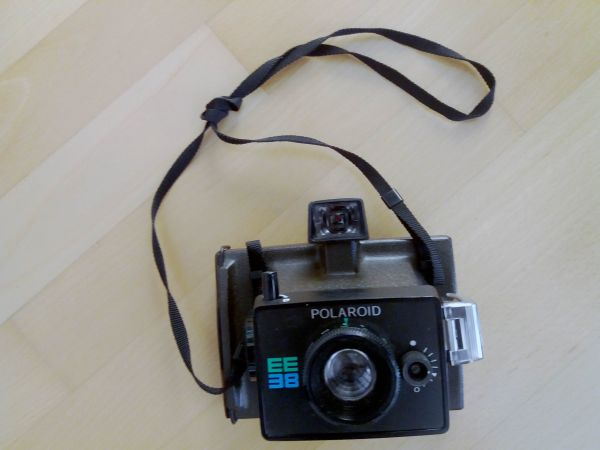 polaroid kamera kaufen polaroid kamera gebraucht. Black Bedroom Furniture Sets. Home Design Ideas
