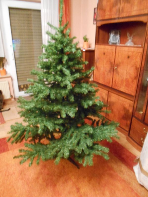 Unechter Weihnachtsbaum in Bischofsheim - Dekoartikel kaufen und ...