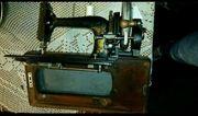 Alte Koffer Reise -Nähmaschine der
