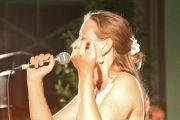 Sängerin sucht Musiker/