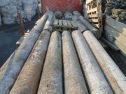 Historische Granitsäulen aus dem Jahre