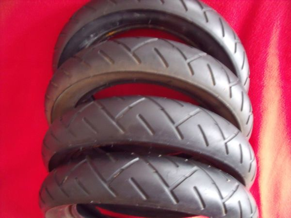 Kinderwagen-Buggy-Reifen