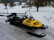 Ski-doo Motorschlitten Snowmobile Skidoo Skandic