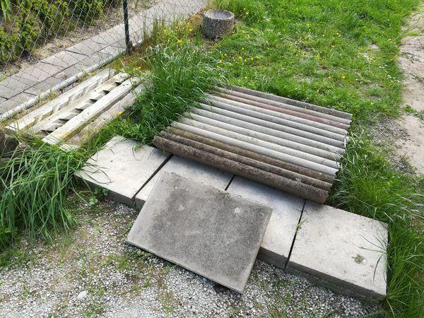 Gehweg Steinplatten Kompostbetonpfeiler Waschbeton In Karlsruhe