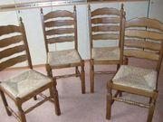 4 massive Holzstühle