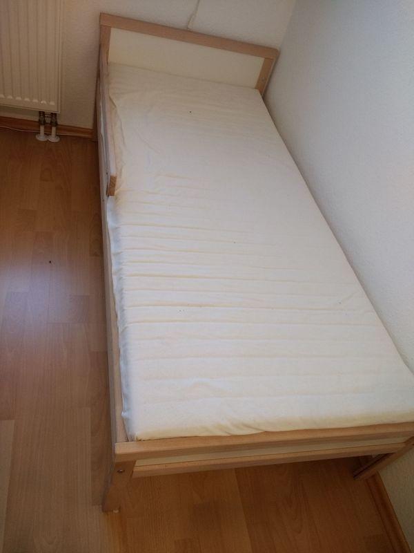 KInderbett / Juniorbett 70x160 cm - Murr - KInderbett / Juniorbett 70x160 cm inklusisve Lattenrost und Matratze -kaum genutzt (nur maximal 3 mal ). Material : BucheModell Sniglar von Ikea . - Murr