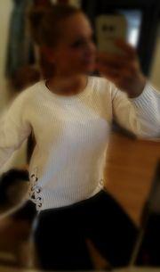Pullover Creme farben