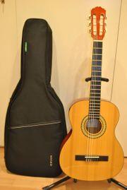 Miguel Almeria Gitarre 3 4