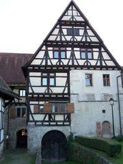 Suche Haus Bauerhaus zu Mieten