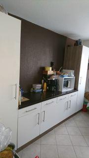 Küche weiß braun