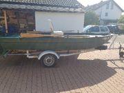 Boot mit Trailer Motor und