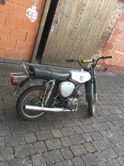 Gut erhaltenes Moped Simson S51