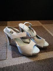 verschiedene Schuhe Gr 40