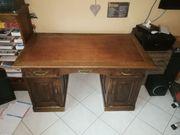 Antik Schreibtisch und Regal aus