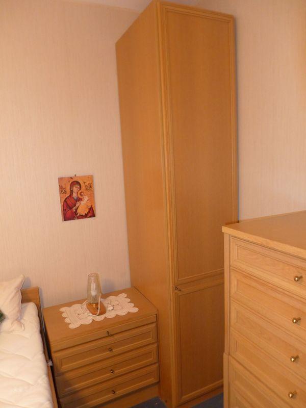 Schlafzimmerschrank Schlafzimmer Schrank Hochschrank In Ottobrunn