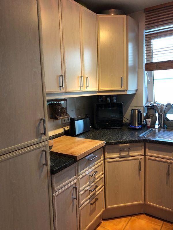 Einbauküche mit funktionsfähigen küchenzeilen anbauküchen
