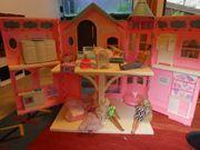Barbiehaus Pferdestall 5 Barbies