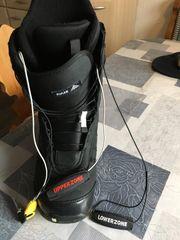 Biete Snowboard Schuhe von Burton