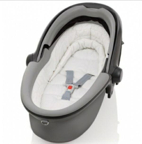 auto kindersitz babyschale r mer babysafe sleeper unfallfrei in laudenbach autositze kaufen. Black Bedroom Furniture Sets. Home Design Ideas