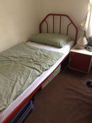 Bett gut erhalten zum kleinen