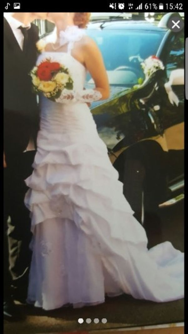 Hochzeitskleid gr. 38 - Ebersbach - Größe ist verstellbar, da es zum verschnüren ist. Schuhe und Handschuhe sind auch mit dabei. - Ebersbach