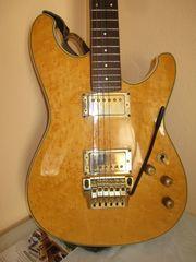 SAMMLERSTÜCK - E-Gitarre Ibanez Roadstar II