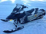 Motorschlitten Ski-Doo Lynx Xtrim aus