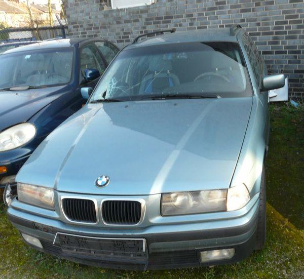 a BMW e36 Kombi Motorhaube moreagrün metallic in Bocholt - BMW-Teile ...