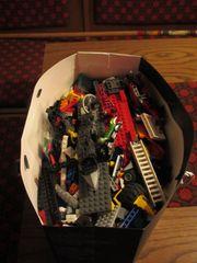 Lego und Playmobil Teile