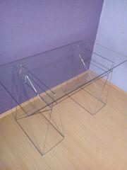 Glas-Arbeitstisch