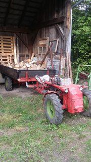 Traktoren, Landwirtschaftliche Fahrzeuge in Sankt Gotthard