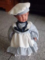 Alte-Schildkroet-Puppe-