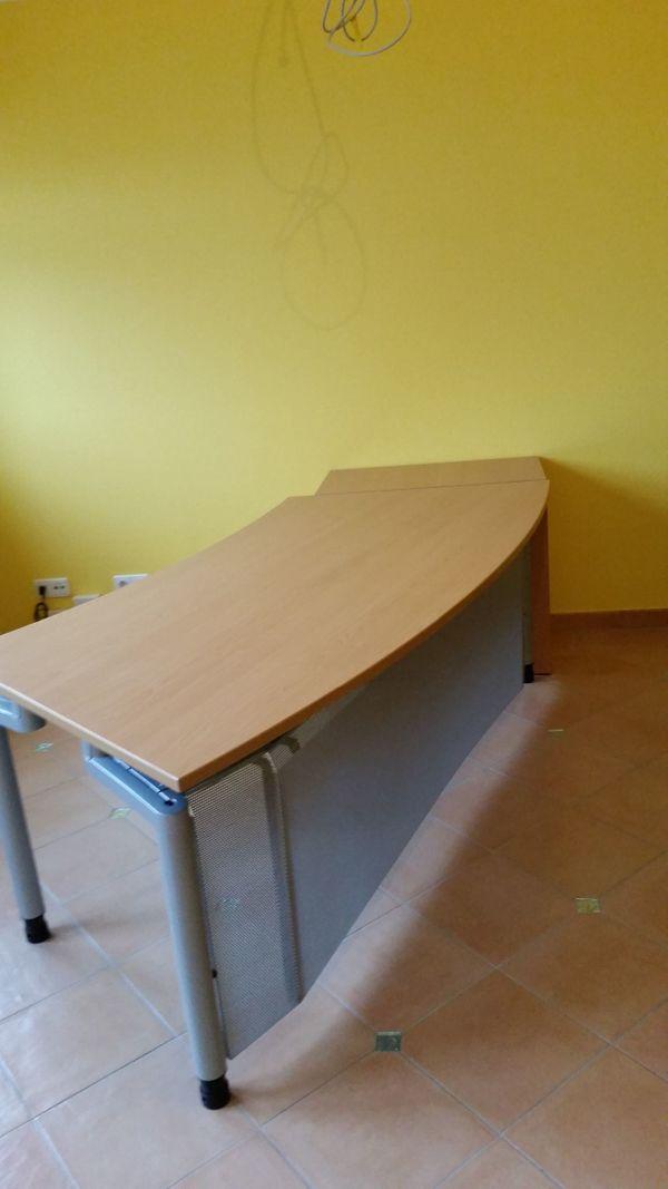 Schreibtisch Mit Schubladencontainer Buroschreibtisch Pfalzmobel In
