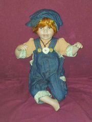 Porzellanpuppe Junge Puppe