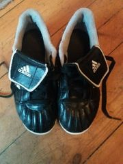Adidas Traxion Fussballschuhe gr 32