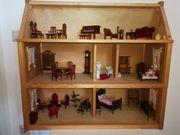 Puppenhaus mit schöner