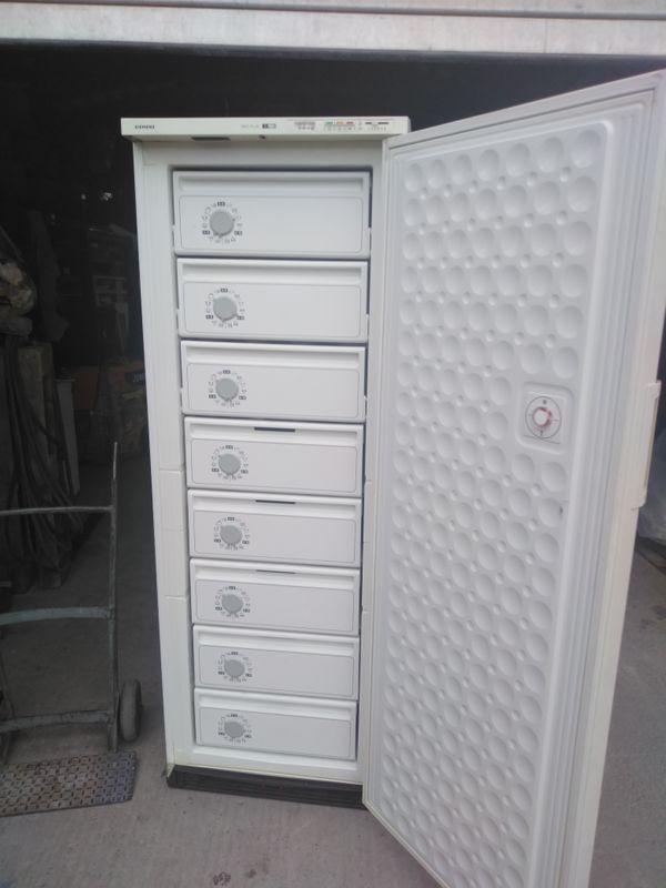 Tiefkühlschrank kaufen / Tiefkühlschrank gebraucht - dhd24.com
