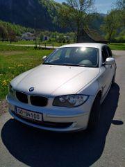 1er BMW 120i.