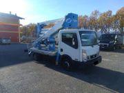 LKW Hubarbeitsbühne Nissan NT 400