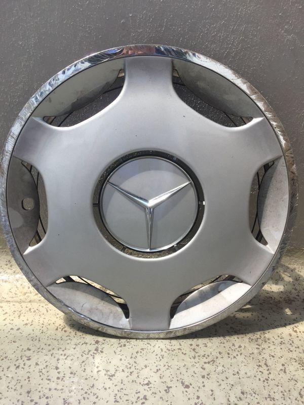 Mercedes Radkappen kaufen / Mercedes Radkappen gebraucht - dhd24.com