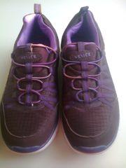 Schuhe Lila Zierschnürung