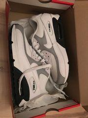 Neue Nike Schuhe