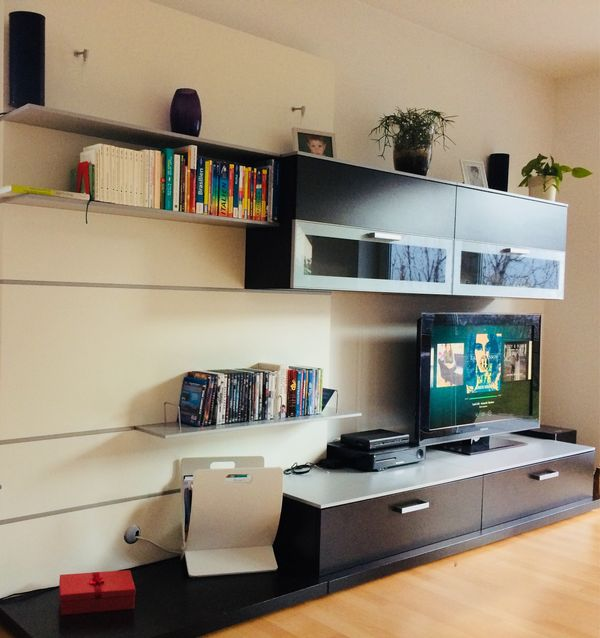 Design wohnwand beautiful partnerring collection studio - Wohnwand mit klappbett ...